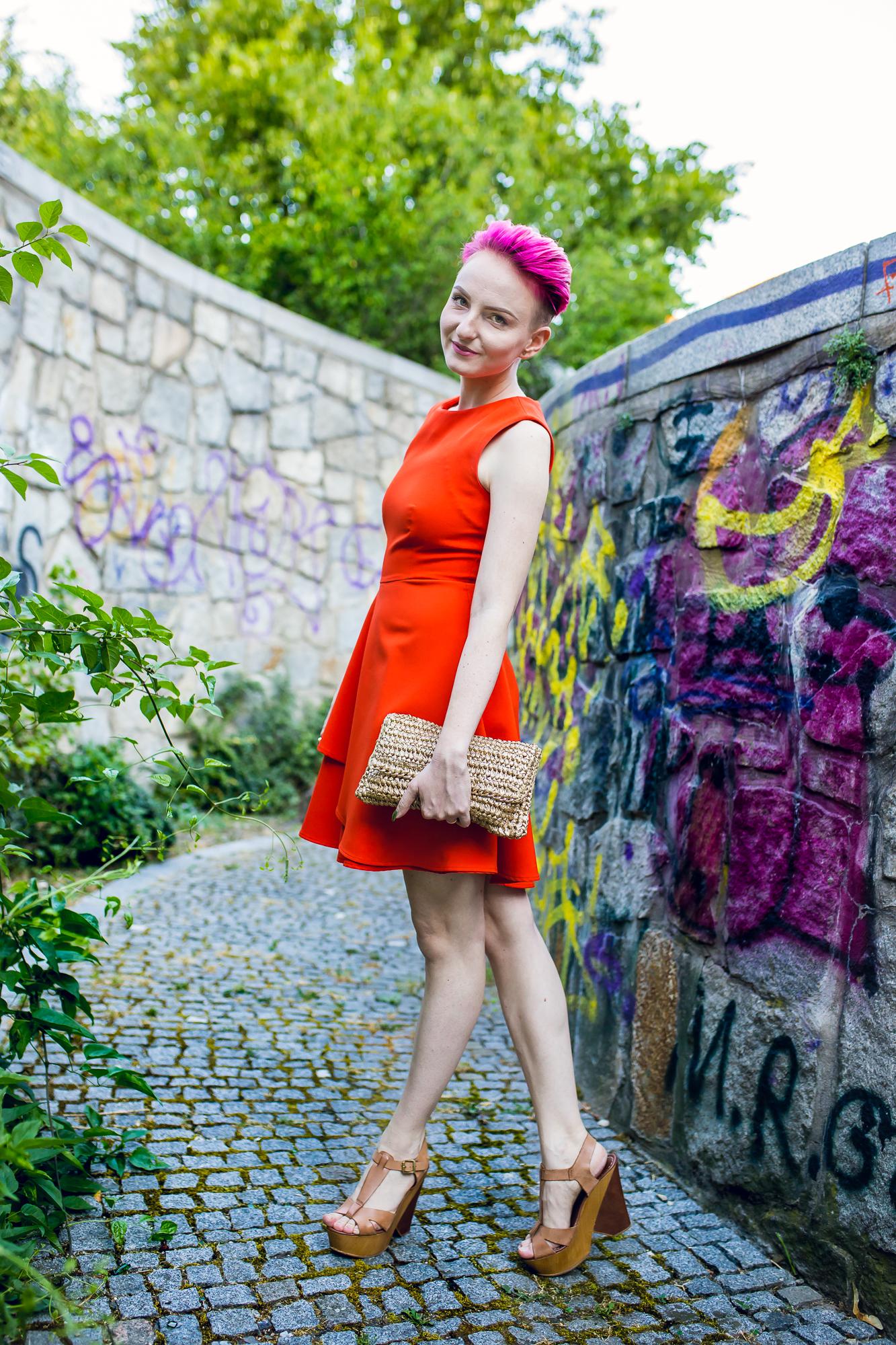 oranžové šaty
