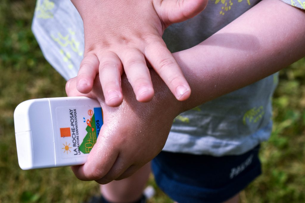 mini balenie do kabelky opaľovací krém detský